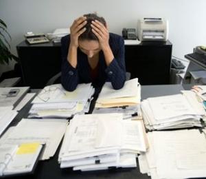 Praca nadgodzinami zwiększa ryzyko depresji